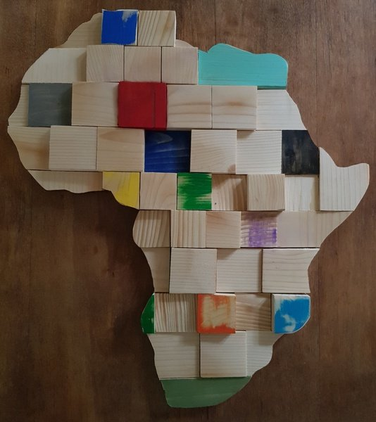 African art - wooden south-africa medium picture