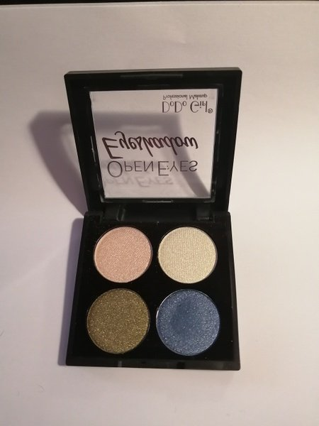 4 pcs open eyes eyeshadow no 02 picture