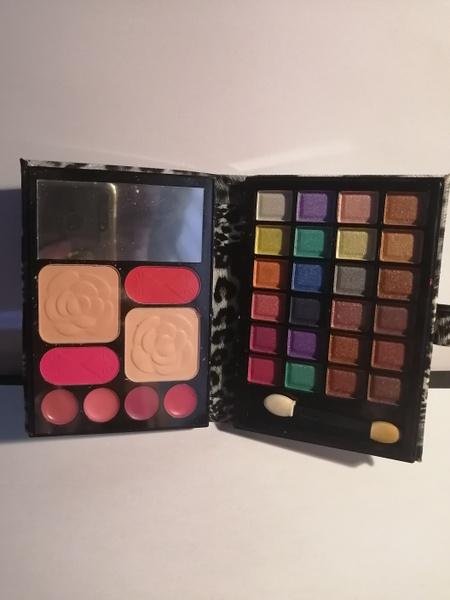 Make up purch makeup set black picture