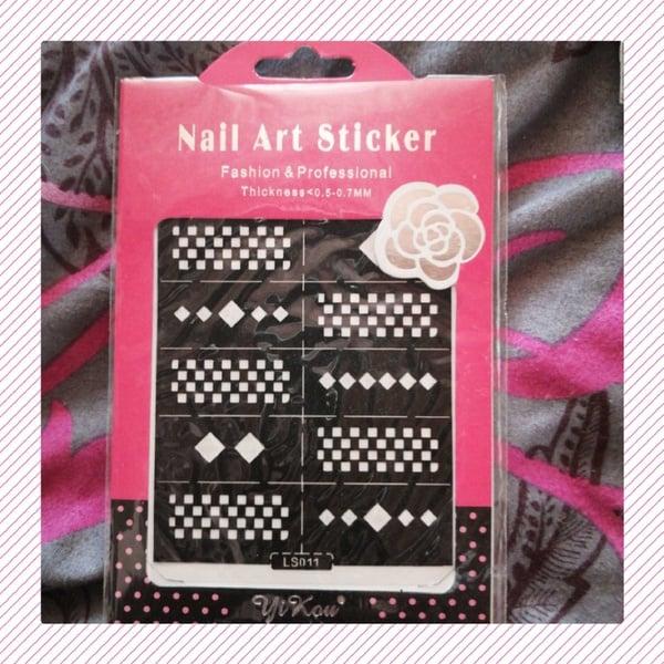 Nail vinyl sticker picture