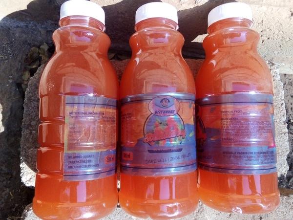 Strawberry juice flavour bulk picture