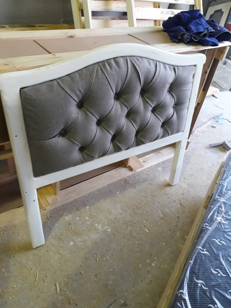 3/4 pine bed with upholstered headboard and footboard picture