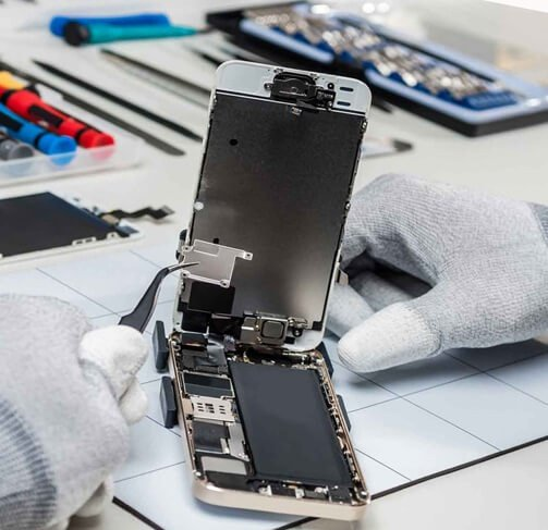 CELL PHONE REPAIRS picture