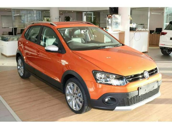 2015 vw cross polo 1.6 picture