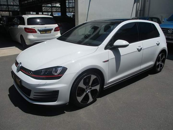 2015 vw golf7 gti picture