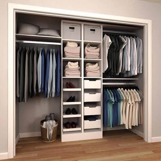 Built-in wardrobe picture