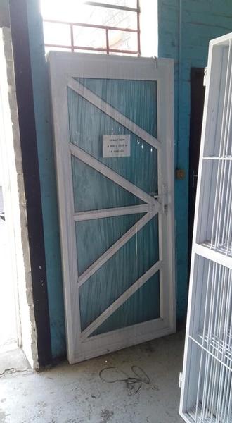 Alu door picture