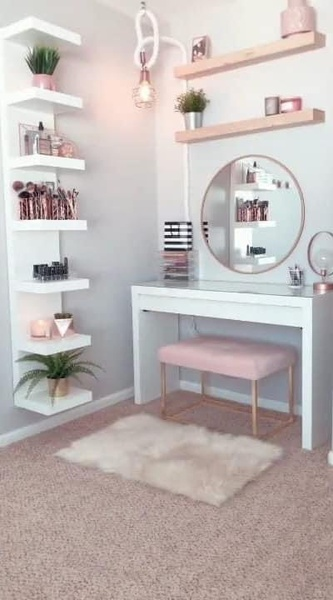 Cute makeup dresser picture