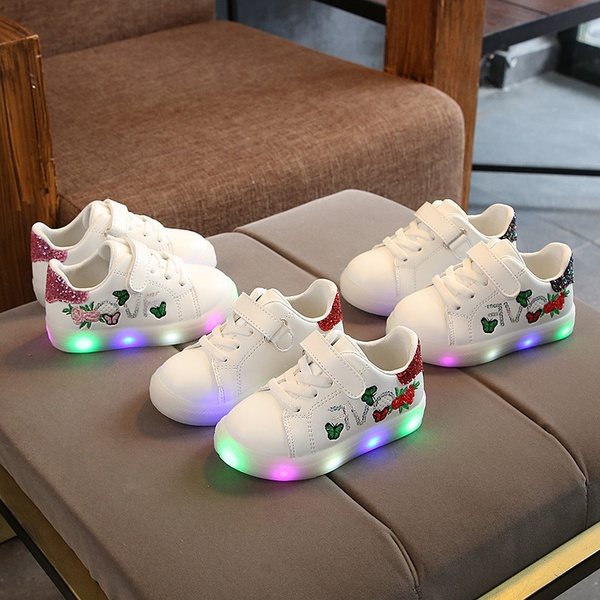 New bright light children board shoes picture