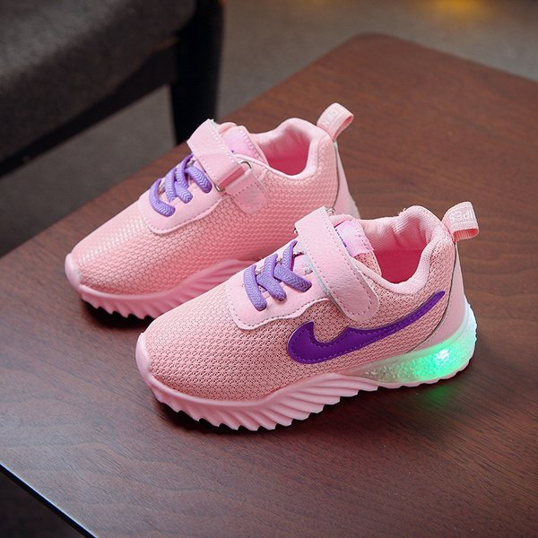 Children shoes with light picture