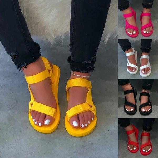 Womans light magic paste flat bottom casual sandels picture