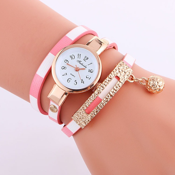Hand chain watch picture
