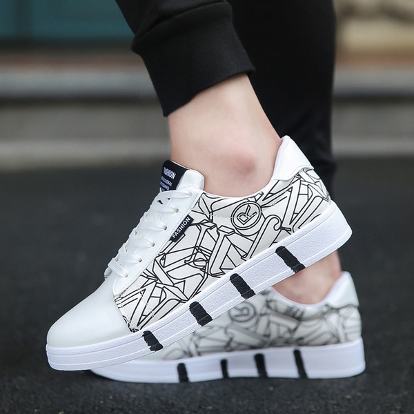 Breathable men's casual shoes picture