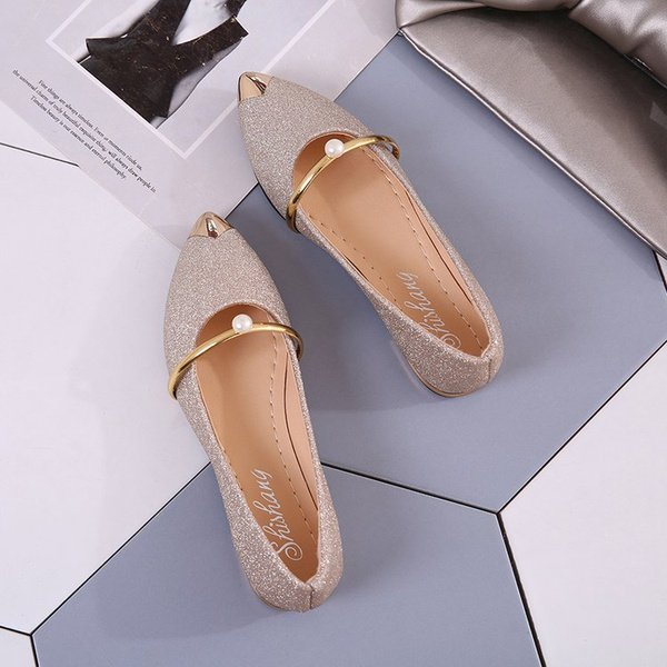 Women's pointed flats shoes picture