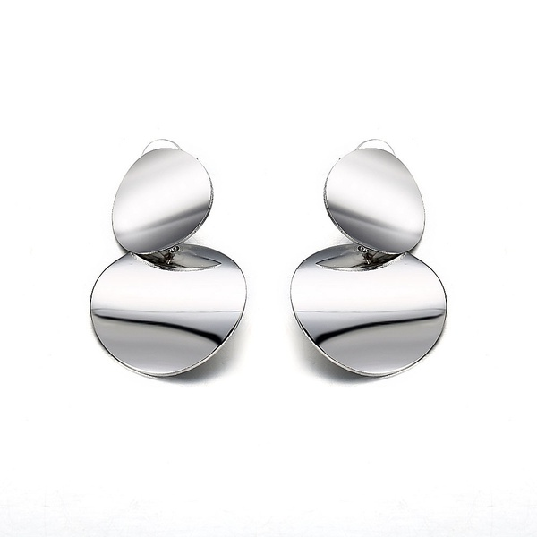 Simple metal exaggerated earings picture