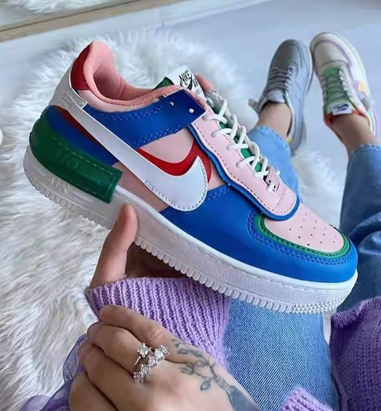 Nike sneakers picture