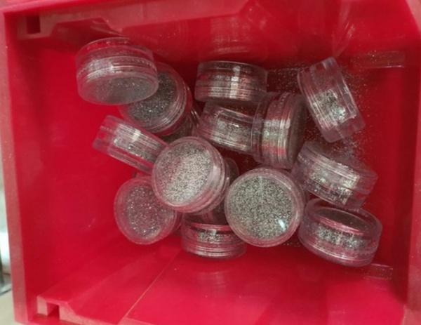 Small glitter tub silver picture