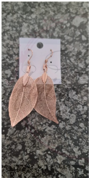 Rose gold leave earings small picture