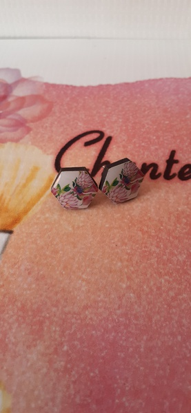 Protea wooden earings picture