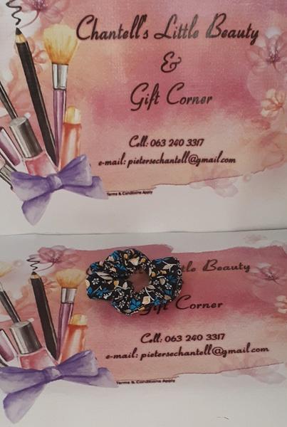 Black flower print scrunchie picture