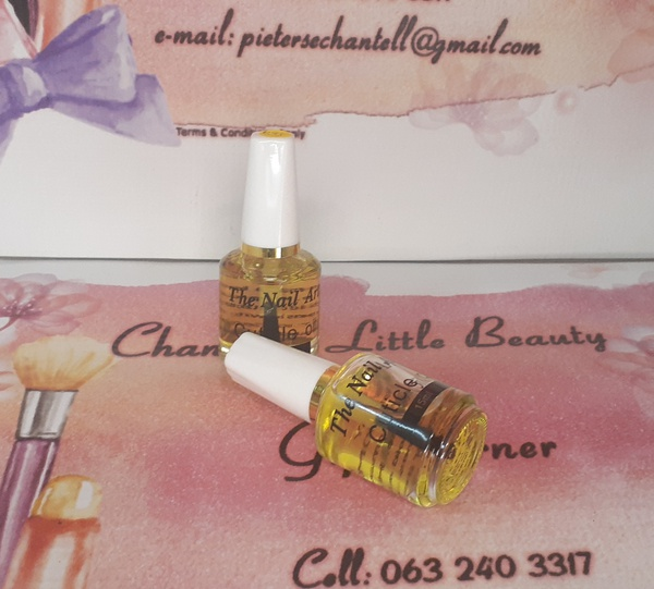Cuticle oil picture