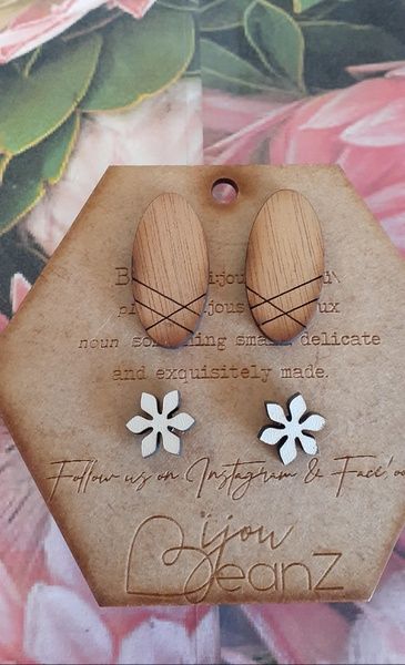 Bejouz wooden earings b picture