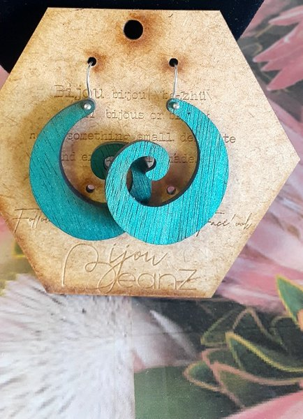 Bejouz wooden earings g picture