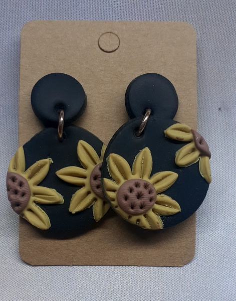 Polymer clay earings sunflower picture
