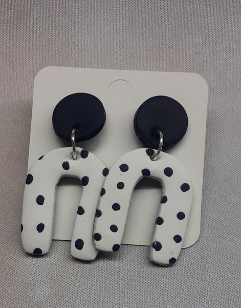 Polymer clay earings polka dot picture