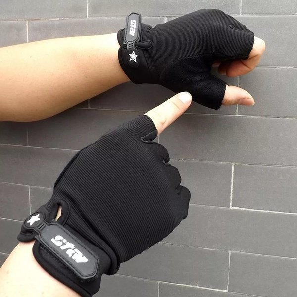 Gym gloves picture