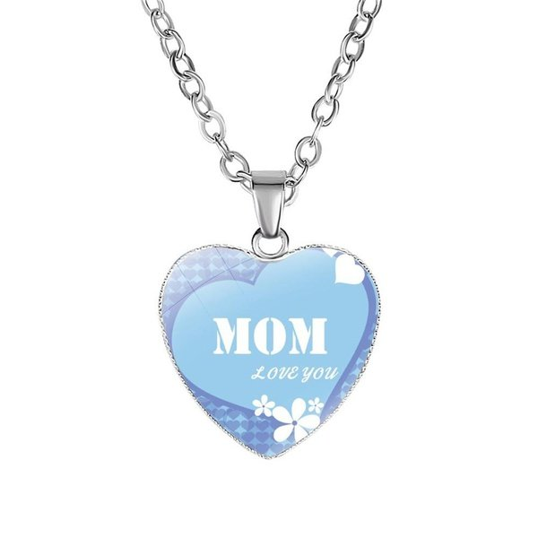 Mom, love you necklace picture