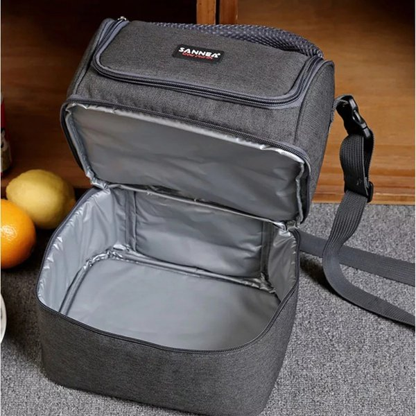 Lunch bag double compartment picture