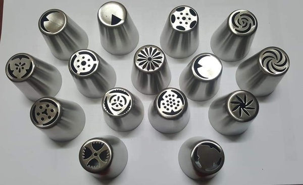 15 piece russian nozzles picture