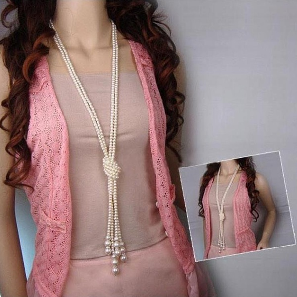Long pearl necklaces picture