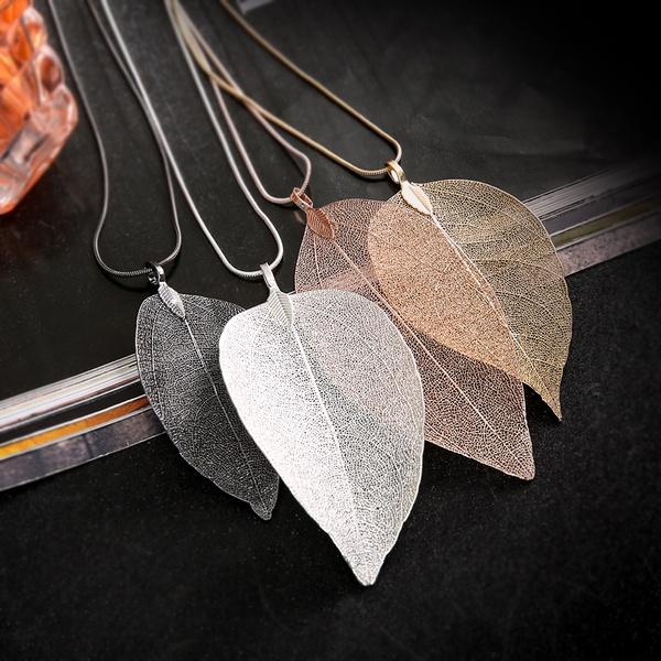 Leaf necklaces picture