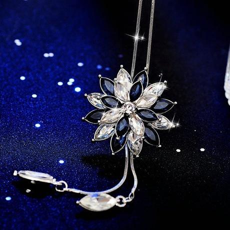 Royal blue adjustable necklace picture