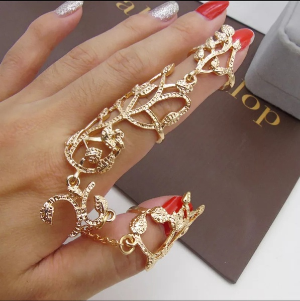 Thumb and index cuff ring picture