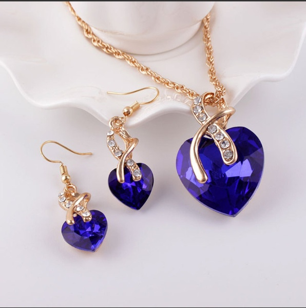 Heart necklace and earing set 001 picture