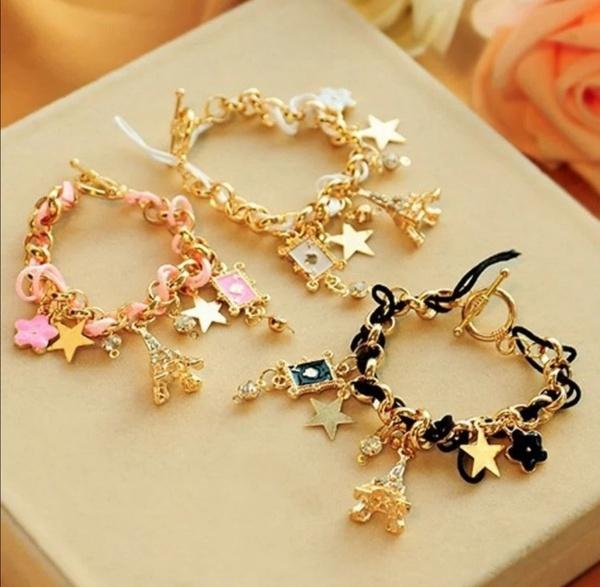 Kiddies bracelets picture