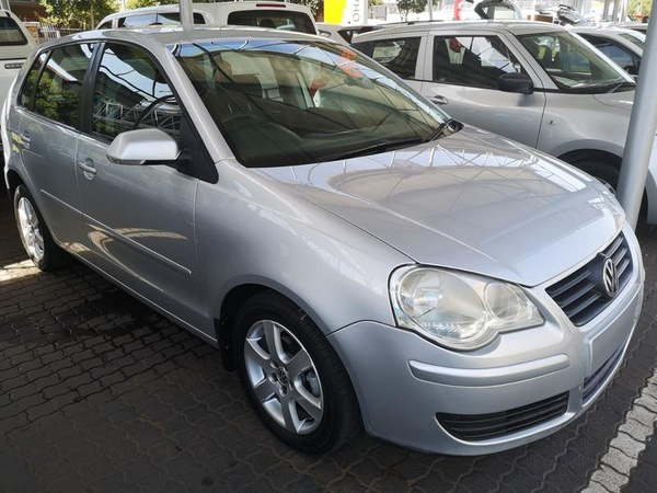2009 vw polo 1.6 comfortline(104578kms) picture