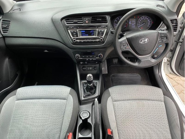 2016 hyundai i20n  sport(64000kms) picture