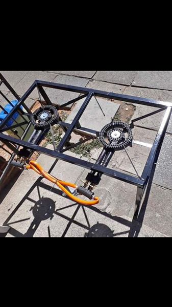 Two plate gas burner picture