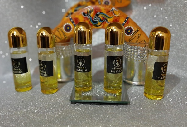 Choosing a fragrance picture