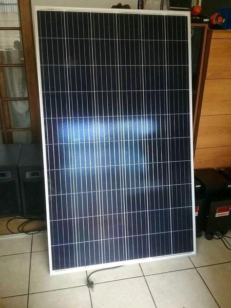 300 watt solar picture