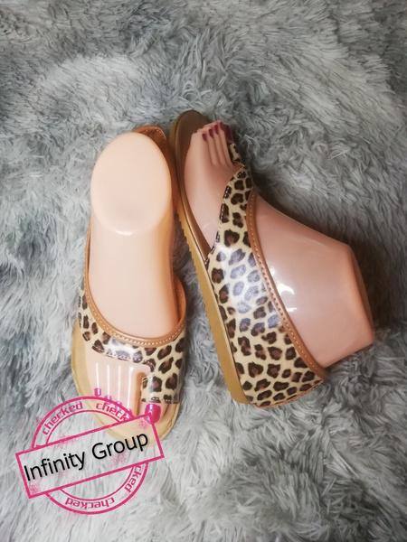 Gigi sandals leopard picture
