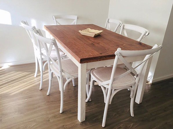 Ellain dinning table picture