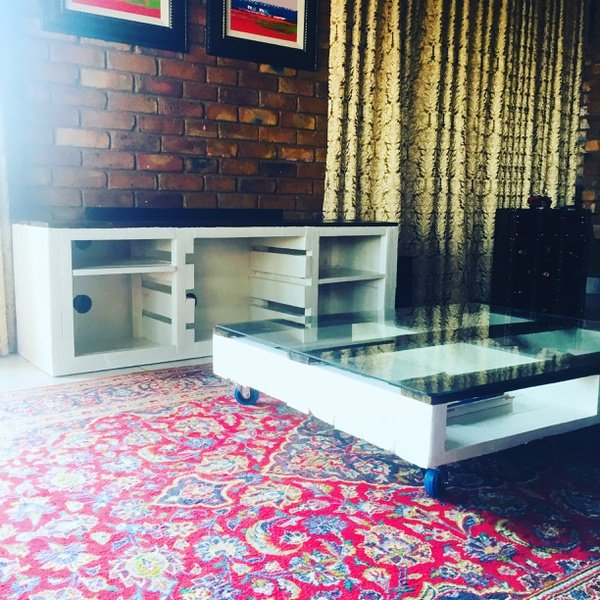 Tv unit and coffee table lury picture