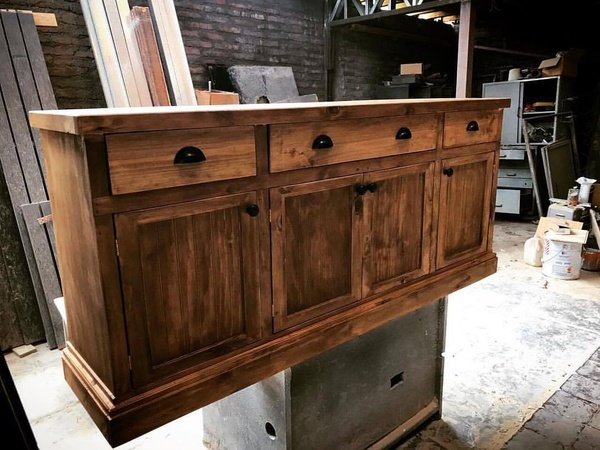 Sideboard ottis picture