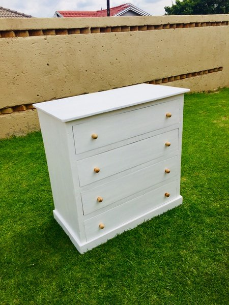 Chest of drawers 4 picture