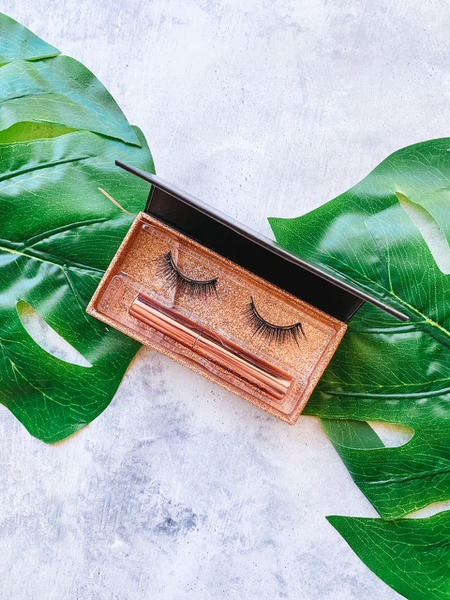 Magnetic lashes - diva picture